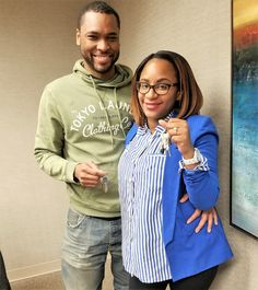 "Ms. Rance-Fisher shows off the keys to her #Brooklyn home! 2.875% rate for the life of the loan! ""Thanks for helping me to reach my goal of owning my first home. I couldn't have done it without your amazing low rates."" #Millennials #AmericanDream #NACAPurchase #Queens 3.112% APR"