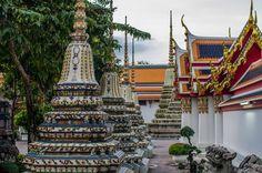 Temple Wat Pho à Bangkok Wat Pho, Bangkok, Temple, Tower, Explore, Building, Travel, Rook, Viajes