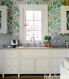 Look! Lush William Morris Wallpaper in the Kitchen — Kitchen Inspiration | The Kitchn