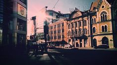 sun is back 1/3  #baritiu #ilovecluj #clujlife #street #sun #shadows  #cluj #cityenthusiast #acitymadebypeople #clujnapoca_city
