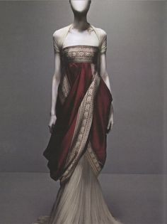 Alexander McQueen's Sari Dress  from Fall 2008 collection. ( He will be missed... ):