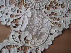 Antique Lace H Made Large Point de Venise Collar Cape w PT de Gaze Type Inserts   eBay