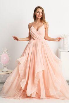da6e16cdb28b Púdrové spoločenské šaty s tylovou sukňou - Mia Dresses