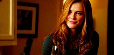 Skyler Salvatore, the twin sister of Stefan Salvatore, who are both the younger siblings of Damon Salvatore. Jenna Vampire Diaries, Vampire Diaries The Originals, Popular Book Series, Best Series, Damon Salvatore, Elena Gilbert, Sara Canning, Kevin Williamson, Vampires