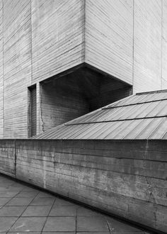 National Theatre 5, South Bank, London, Denys Lasdun, 1967-76 Photo: Simon Phipps