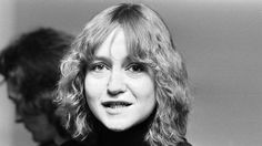 """Liza Öhman med """"Hit men inte längre"""" i Melodifestivalen 1980."""