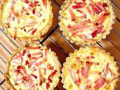 Hawaiian Pizza, Camembert Cheese, Lunch, Recipes, Food, Barn, Converted Barn, Eat Lunch, Essen