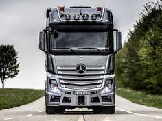 2014 Mercedes Benz Actros HD Wallpaper on MobDecor http://www.mobdecor.com/b2b/wallpaper/220727-2014-mercedes-benz-actros