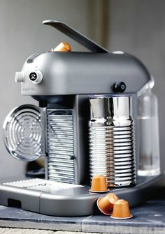Gran Maestria Platinum | Create an aromatic and amazingly frothy drink with a little help from this Nespresso machine.