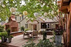 terrasse en bois et déco de jardin