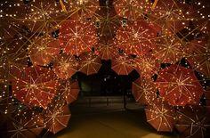 Vía My Modern Metropolis Glowing Umbrellas...