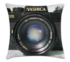 Máquina Fotográfica (capa para almofada 40cm x 40cm) R$39,00 Frete único pra todo Brasil. Pedidos: contato.moofa@gmail.com