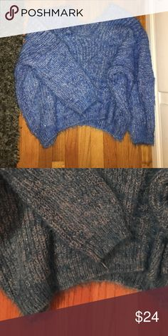 Baby Blue thick oversized sweater very thick and warm! oversized, never worn perfect condition :) Sweaters Crew & Scoop Necks