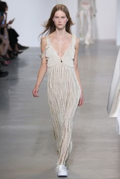 Calvin Klein Collection RTW Spring 2016...