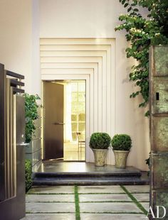 A stepped door surround at the front entrance of a Los Angeles home