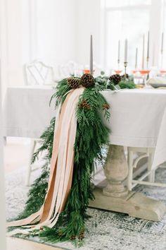 40+ Spectacular Ideas for Xmas Tablescape Merry Christmas, Purple Christmas, Modern Christmas, Outdoor Christmas, Kids Christmas, Coastal Christmas, Christmas Crafts, Scandinavian Christmas, Christmas Trees