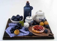 Etsy の Still life with plums by hungarianminiatures