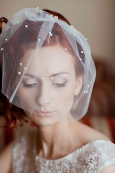 beautiful veil http://www.weddingchicks.com/2014/03/25/kate-maxim/