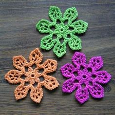 Three Tahiti Blossom crochet Flowers Square web