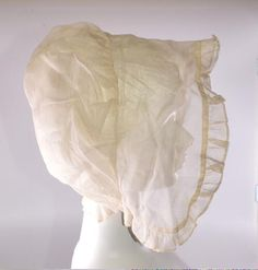 Quaker Bonnet, 1804-1814. Missouri History Museum 1954 121 0019