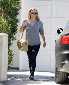 Reese Witherspoon - Reese Witherspoon Goes to a Friend's House. Love this picture.