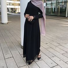💓 Dress & Hijab 👉🏽 @ezaboutique Abaya Fashion, Modest Fashion, Hijab Outfit, My Outfit, Islamic Fashion, Mode Hijab, Clothes For Women, Womens Fashion, Abaya Style