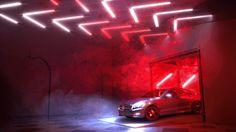 Mercedes-drive-thru-by-bompas-_-parr-featuring-jason-bruge-studio-hi-res_project_large