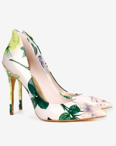 Savenni High back court shoes - Nude Pink - Ted Baker #FloralPrint #NudePink