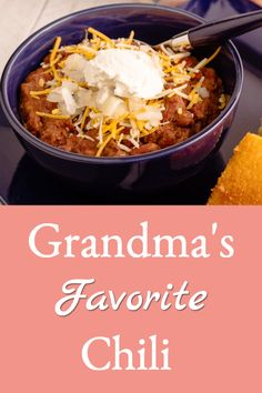 Grandma's recipe for an easy, versatile, and delicious chili that's based on pantry staples so it's easy to throw together in busy or stressful times. Bhg Recipes, Chili Recipes, Soup Recipes, Chipotle Chili, Chipotle Pepper, Different Chili Recipe, No Bean Chili, Stuffed Jalapeno Peppers, Base Foods