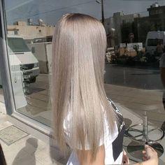 Medium Blonde Hairstyle - 40 Beautiful Blonde Balayage Looks - The Trending Hairstyle Blonde Hair Looks, Brown Blonde Hair, Ashy Blonde, Ashy Hair, Medium Blonde, Hair Medium, Pinterest Hair, Cool Hair Color, Hair Colour