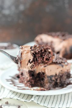 This Mouthwatering Triple Chocolate Poke Cake is a homemade chocolate poke cake, soaked with chocolate pudding and topped with hot chocolate whipped cream. It's an easy chocolate cake recipe and makes for the perfect birthday cake! Chocolate Cake Recipe Easy, Best Chocolate Cake, Mini Chocolate Chips, Homemade Chocolate, Chocolate Pudding, Chocolate Frosting, Poke Cake Recipes, Poke Cakes, Brownie Recipes