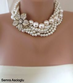 Grueso capa marfil cristal collar de perlas por HMbySemraAscioglu, $119.00