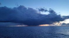 #northsea #north #sea #sky #cloud #morze #polnocne #morzepolnocne #scotland #offshore #offshorelife #nature #natura #chmury #niebo #landscape by nice_photo_mix