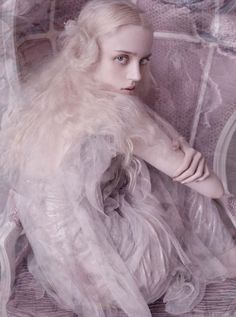 Esmeralda Seay-Reynolds by Mario Testino for Vogue Germany March 2014 #fashion #editorial #pastel