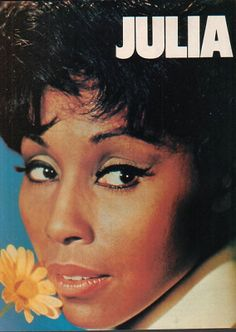 """A show ahead of it's time.Diahann Carroll as """"Julia"""" - 1984 Ad - from a TV trade paper selling the show in syndication for the first time. Black Actresses, Actors & Actresses, Diahann Carroll, Vintage Black Glamour, Vintage Tv, Hollywood Music, Star Show, Comedy Tv, Great Tv Shows"""