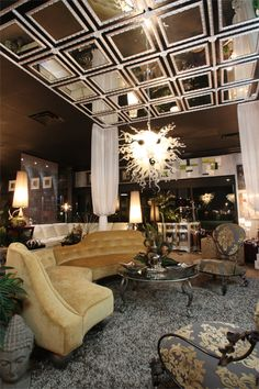 Transitional Spaces. LUXE Gallery Showroom. Tampa, FL.