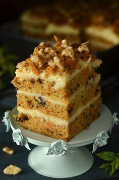 Ciasto marchewkowe i sernik gotowany - świąteczne - niebo na talerzu Polish Recipes, Polish Food, Vanilla Cake, Cheesecake, Baking, Sweet, Cakes, Crochet, Fit