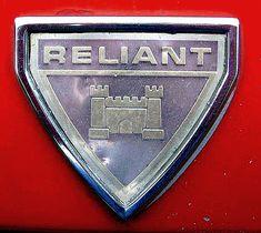 La marque de voitures automobile Anglaise Reliant fut fondée en 1935 par T.L. Williams et cessa sa production de véhicules automobiles à moteur en 2002.