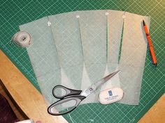 Cool tutorial on drafting a waist-cincher corset based on specific measurements