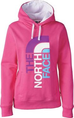 Stay warm while showing off your active lifestyle with the Women's Trivert Logo Pullover Hoodie II from The North Face.