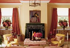 Oprah Winfrey's House in Montecito - Guest House Sitting Room Style At Home, Oprah Winfrey House, Living Area, Living Spaces, Living Rooms, Angle Of Repose, Hawaiian Homes, House Inside, Celebrity Houses