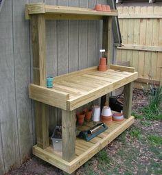 Easy Homesteading: DIY Garden Potting Bench
