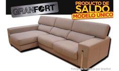 Sofá con chaise longue izquierda modelo Carmen tapizado en tela. Saldo