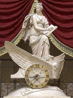 United States Capitol - Carlo Franzoni's 1819 sculptural chariot clock, the Car of History depicting Clio, the Greek muse of history. Old Clocks, Antique Clocks, Clio Musa, Hanoi, Digital History, Daughter Of Zeus, Empire Style, Ancient Greece, Oeuvre D'art