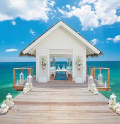 """Few wedding places have an Over-the-Water Serenity Wedding Chapel This unique and picturesque wedding venue features stunning 360-degree, panoramic water views and a """"sea-through"""" glass floor aisle, perfect for small or big island beach weddings. 