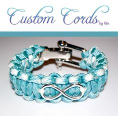 Custom Infinity Paracord Charm Bracelet with Adjustable Metal Shackle Paracord Ideas, Paracord Knots, Paracord Projects, Paracord Bracelets, Rope Jewelry, Jewelry Crafts, Handmade Jewelry, Parachute Cord Crafts, Paracord Accessories