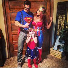I like family themed costumes :)