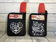 Sewing Gifts For Friends Pot Holders Ideas Wine Bottle Crafts, Mason Jar Crafts, Gifts For Friends, Gifts For Him, Friends Family, Craft Gifts, Diy Gifts, Favim, Homemade Gifts
