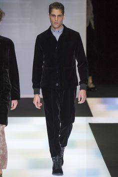 Giorgio Armani, Look #1