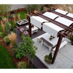 covered pergola...looks like it could be a DIY project